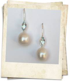 Aquamarine and pearl earrings - click for details