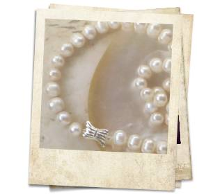 Freshwater pearl necklace - click for details