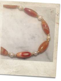 Pearl and carnelian necklace - click for details