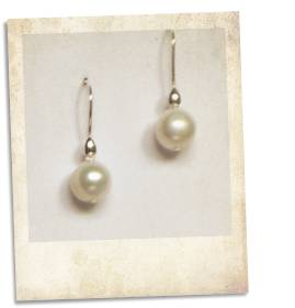 Freshwater pearl and sterling silver earrings - click for details